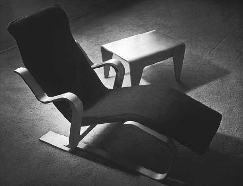 Isokon long chair and nesting table