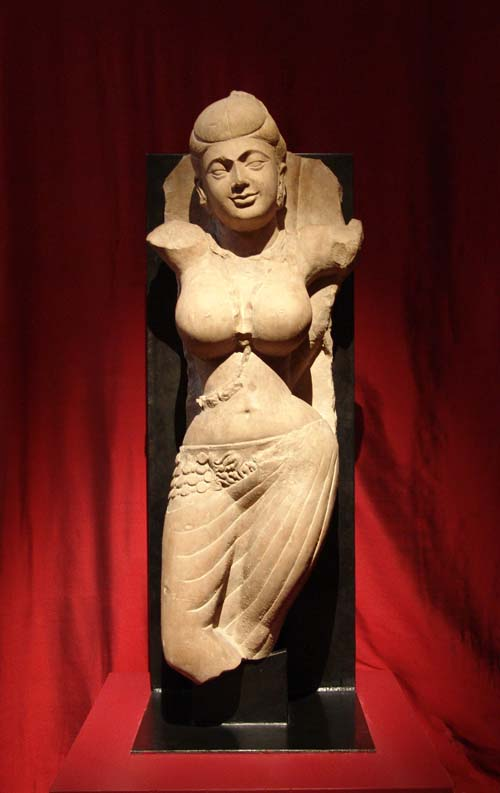 Maya, mother of Buddha. Central India, Mathura region. 1st Century. Pink/beige 