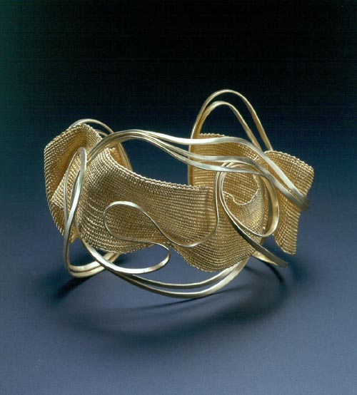 Mary Lee Hu. <em>Bracelet #62</em>, 2002. 18k and 22k gold. Overall: 2 7/8 x 3 5/8 x 2 11/16in. (7.3 x 9.2 x 6.8cm). Museum of Arts & Design, New York. Museum purchase with funds provided by Ann Kaplan, 2002. Photo credit: Richard Goodbody.