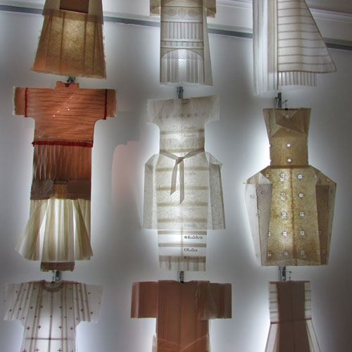 Tatiana Badanina. White Clothes, 2007-12. Paper, light, 400 x 700 x 30 cm.