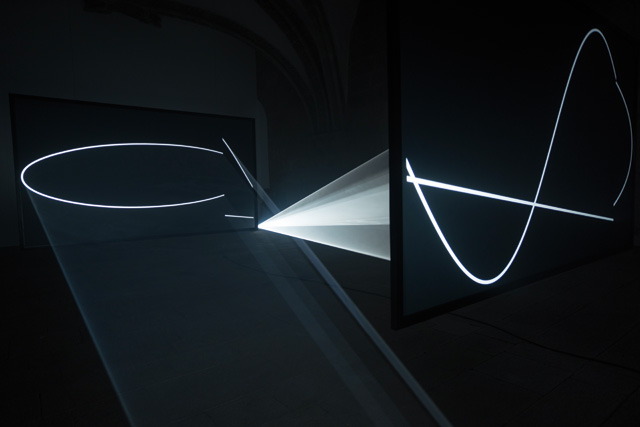 Anthony McCall. Face to Face III, 2013/2014. Installation view, Santiago de Compostela, Spain.