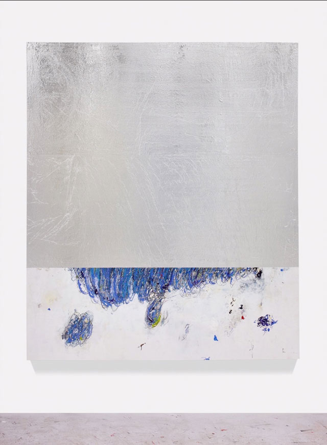 Hugo McCloud. dubbed illusion, 2016. Aluminum foil, oil paint mounted on wood panel, 84 1/4 x 76 1/2 in (214 x 194.3 cm). © Hugo McCloud, courtesy: Sean Kelly, New York.