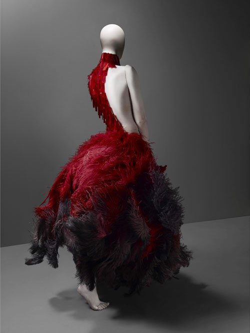 Alexander McQueen. Dress, VOSS, spring/summer 2001.  Courtesy of The Metropolitan Museum of Art, Photograph © Sølve Sundsbø/Art + Commerce.