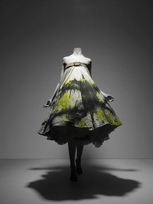 Alexander McQueen. Dress, No. 13, spring/summer 1999. Courtesy of The Metropolitan Museum of Art, Photograph © Sølve Sundsbø/Art + Commerce.