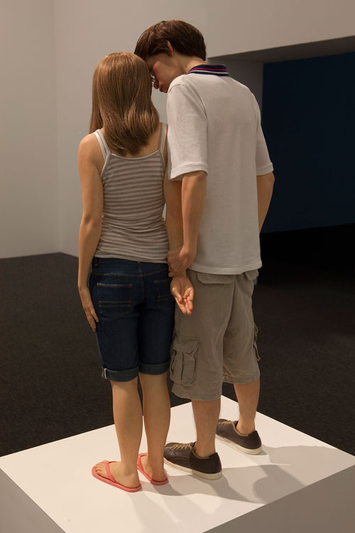 Ron Mueck. Young Couple, 2013 (detail). Mixed media, 89 x 43 x 23 cm. Private collection. Courtesy: Hauser & Wirth. Photograph: Isabella Matheus.
