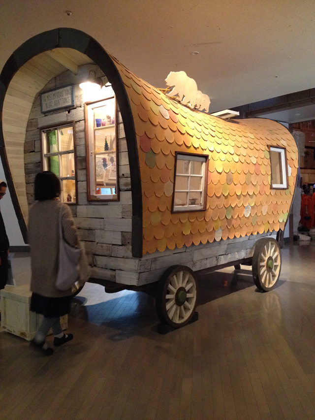 Yoshitomo Nara. California Orange Covered Wagon, 2008.