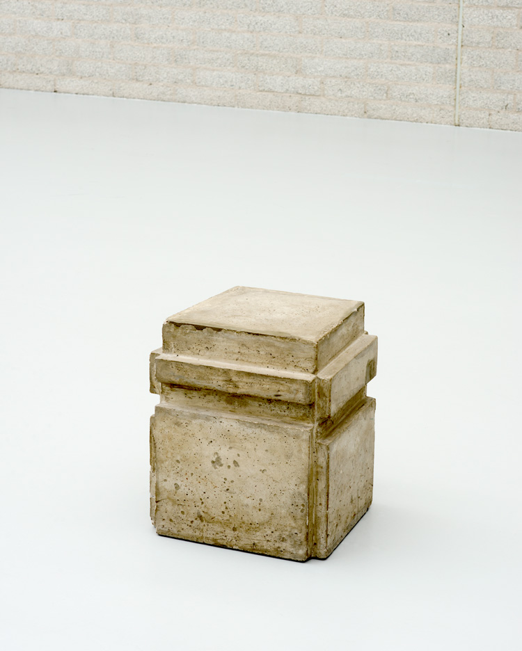 Bruce Nauman. A Cast of the Space Under My Chair, 1965–1968. Concrete, 44.5 x 39.1 x 37.1 cm. Kröller-Müller Museum, Otterlo, The Netherlands. Formerly in the Visser Collection. Purchased with support from the Mondriaan Foundation