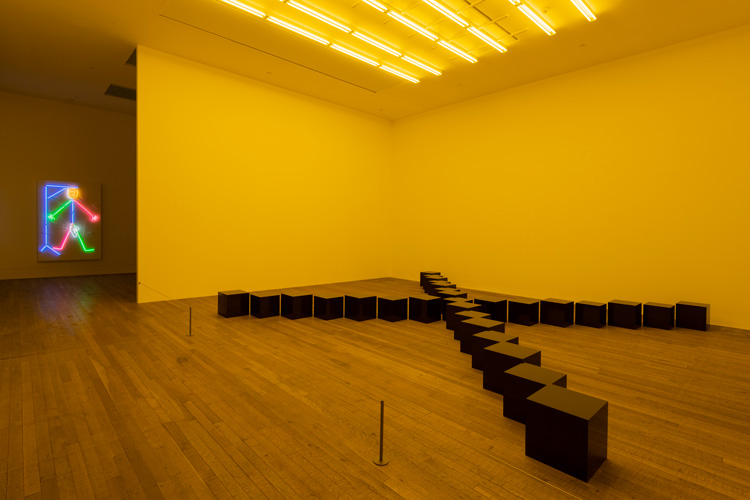 Bruce Nauman. Black Marble Under Yellow Light, 1987. Installation view, Tate Modern. Photo: Tate Photography (Matt Greenwood). Artwork © Bruce Nauman / ARS, NY and DACS, London 2020.