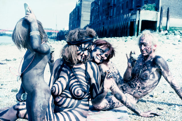Neo Naturists, Black Rapport Day, Thames Beach Wapping, 17 July 1982 (Jennifer Binnie, Wilma Johnson, Nico Holah and Bruce Lacey). Courtesy of the Neo Naturists Archive.