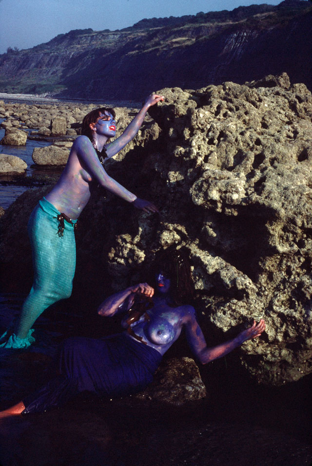 Neo Naturists, Vicky Johnson and Wilma Johnson as Mermaids, Lyme Regis, 1981. Courtesy of the Neo Naturists Archive.