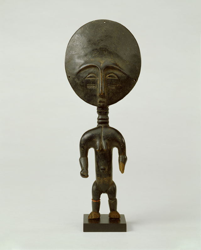 Unknown mater, Ritual Doll, Asante, Ghana, Late 19th - Early 20th century. Robert and Lisa Sainsbury Collection (UEA 631), Sainsbury Centre for Visual Arts, University of East Anglia. Photo: James Austin.