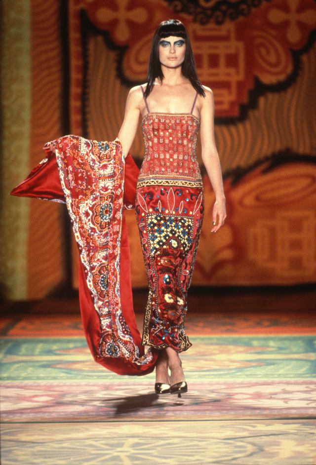 Todd Oldham runway show, Persian Carpet Dress, Fall 1997. Photograph: Dan Lecca. Courtesy of the Todd Oldham Studio.