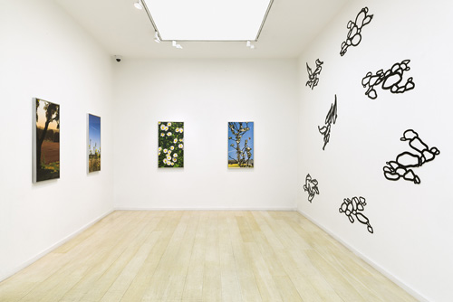 Julian Opie Editions 2012 - 2015. Gallery view (3), Alan Cristea Gallery. Photograph: Peter White.