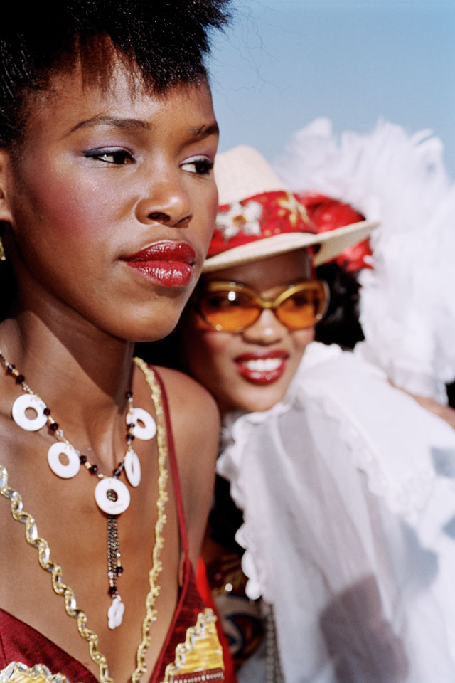 Martin Parr. Durban July races, South Africa, 2005. © Martin Parr / Magnum Photos / Rocket Gallery.