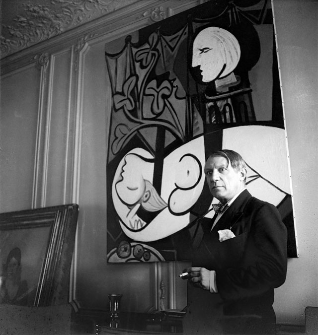 Cecil Beaton. Pablo Picasso, rue La Boétie, 1933, Paris. © The Cecil Beaton Studio Archive at Sotheby's
