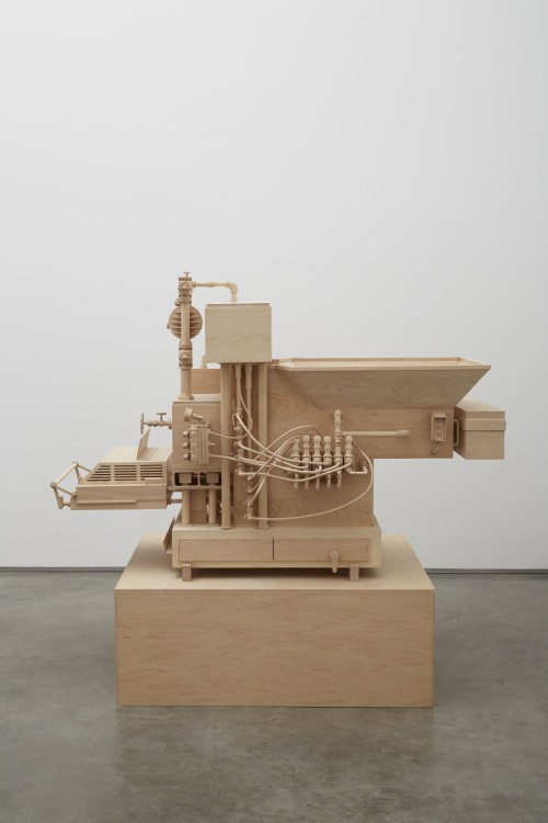 Roxy Paine. Machine of Indeterminacy, 2014. Maple. 45 x 64 x 46 in (114.3 x 162.6 x 116.8 cm). Courtesy of the artist and Marianne Boesky Gallery, New York © Roxy Paine. Photograph: Jason Wyche.