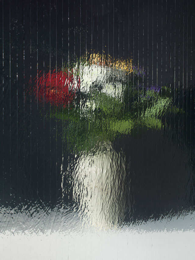 Gregor Hildebrandt. Gedrehte Becki Blumen, 2017. Digital pigment print on aluminium, 66 x 49,5 cm. Courtesy of the artist.