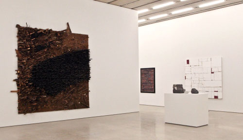 AMERICANA: Progressive Forms. Installation view. Pérez Art Museum Miami. Photograph: Daniel Azoulay photography.