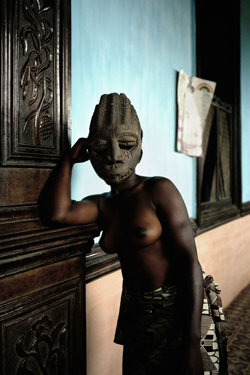Leonce Raphael Agbodjélou. Untitled (Demoiselles de Porto-Novo series), 2012. C-print, 180 x 130 cm. © Leonce Raphael Agbodjélou, 2012. Image courtesy of the Saatchi Gallery, London.