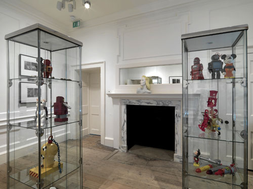 Toys and objects collected by Eduardo Paolozzi, 1950s–1970s. Victoria and Albert Museum; Collection Robin Spencer. Photograph by Marcus J. Leith.