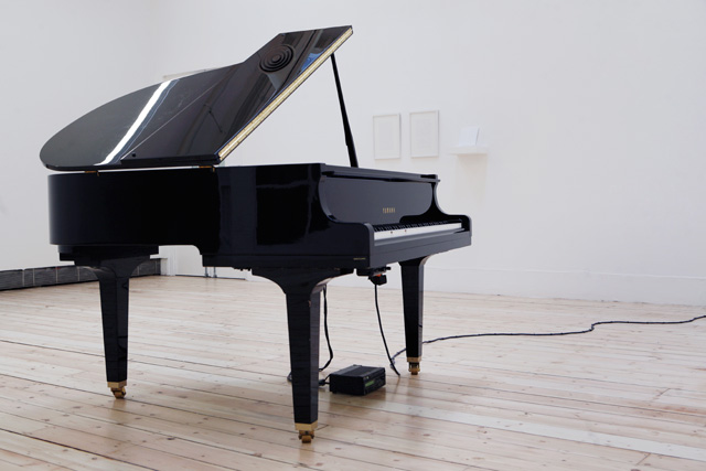 Katie Paterson. Earth–Moon–Earth (Moonlight Sonata Reflected from the Surface of the Moon), 2007. Disklavier grand piano.