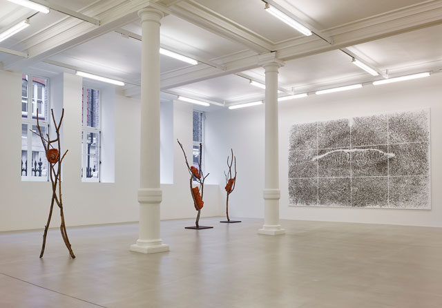 Left: Giuseppe Penone, Three works from Terra su terra, 2014-15. Bronze, terracotta, dimensions variable. Wall: Giuseppe Penone, Spine d'acacia – contatto, marzo 2005, 2005. 12 elements; canvas, acrylic, sand and acacia thorns, 300 x 480 cm. Courtesy of Marian Goodman Gallery.