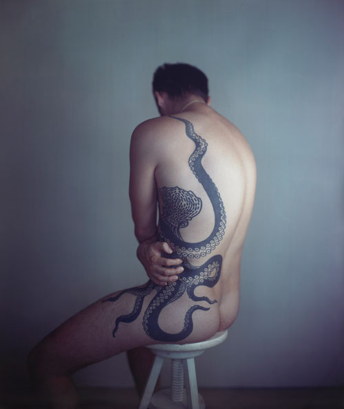 Richard Learoyd. Man with Octopus Tattoo II, 2011. Unique Ilfochrome photograph, 148.6 x 125.7 cm. Courtesy of McKee Gallery, New York. © Richard Learoyd, courtesy McKee Gallery New York.