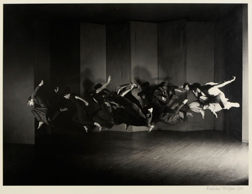 Barbara Morgan. Untitled (Humphrey Weidman Group, Lynchtown), 1938. Gelatin silver on paper. Mark Ranney Memorial Fund. The Morgan Archives.