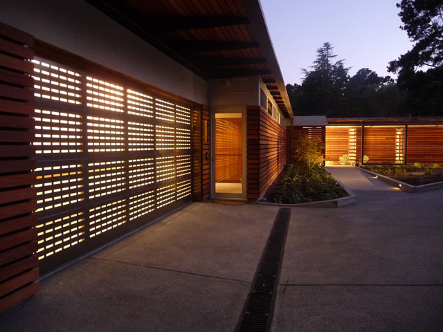 Andrea Ponsi. Tiburon House, San Francisco, 2008. Photograph: Richard Barnes.