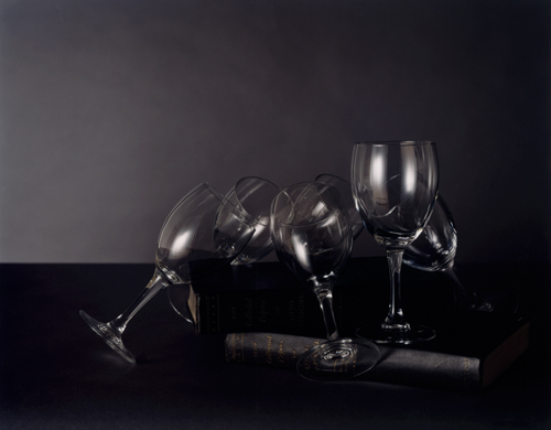 Olivier Richon. <em>Generic still life, with glasses </em>, 2008. C-type print, 65 x 75 cm.