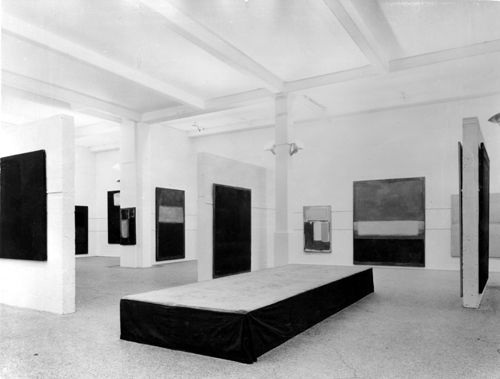 Mark Rothko 1961, Whitechapel Gallery. Installation view, Whitechapel Gallery Archive. Photograph: Edgar Hyman.