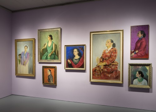 Installation view Helena Rubinstein: Beauty Is Power, October 31, 2014 – March 22, 2015. © The Jewish Museum, NY. Photo by: David Heald.
