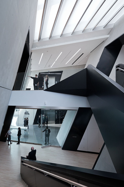 The Eli and Edythe Broad Art Museum at Michigan State University, designed by Zaha Hadid. Interior view (1).