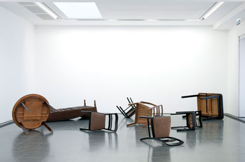 Reiner Ruthenbeck. Overturned Furniture. Two tables, four chairs, chair with armrest, chaise longue. MMK Museum für Moderne Kunst Frankfurt am Main. Image © READS 2014.