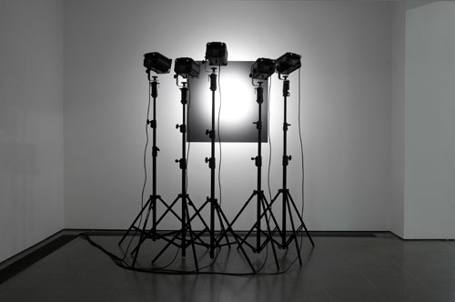 Reiner Ruthenbeck. Lighting Attempt. Black paint on wall, five spotlights, dimensions variable. Collection of the artist. Image © READS 2014.