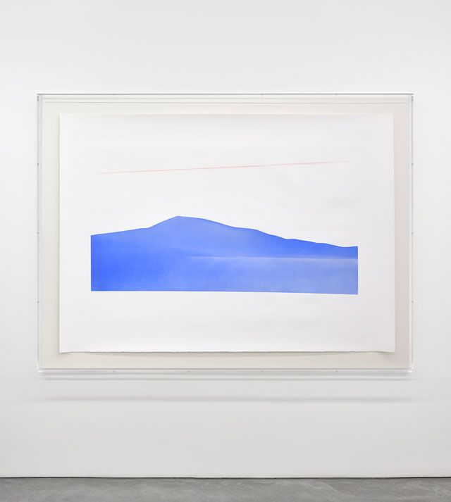 Ettore Spalletti. Sirente-Velino, 2016. Pastel powder on paper, 55 1/8 x 77 1/2 in (140 x 197 cm). Photograph: Rebecca Fanuele. Courtesy of the artist and Galerie Marian Goodman Paris.
