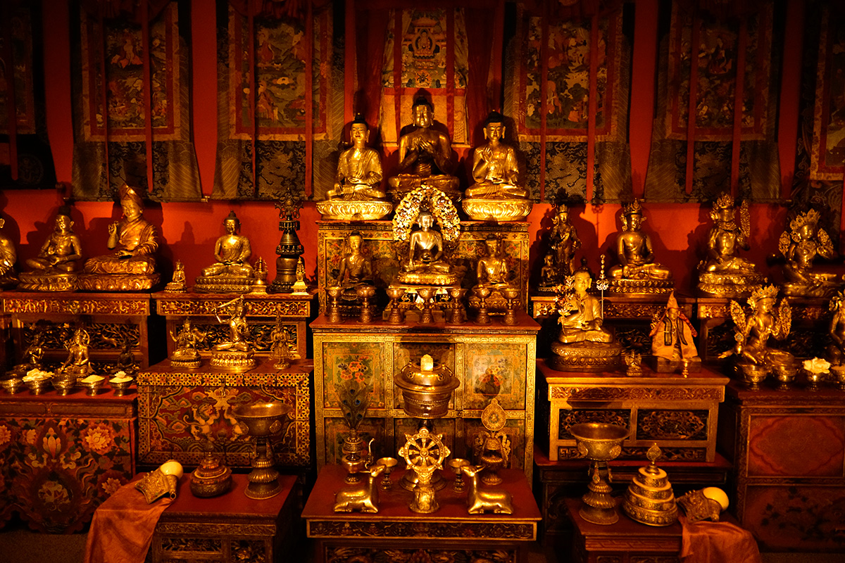 The Tibetan Buddhist Shrine Room from the Alice S. Kandell Collection. Gifts and promised gifts from the Alice S. Kandell Collection to the Arthur M. Sackler Gallery, Smithsonian Institution, Washington, DC. Photograph by Miguel Benavides