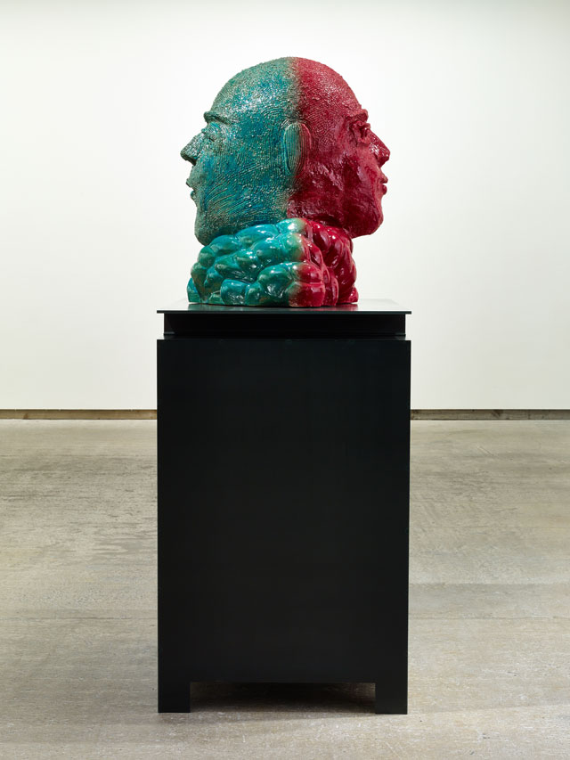 Thomas Schütte. Großer Doppelkopf Nr. 8, 2017. Glazed ceramic, steel, 81 x 76 x 78 cm (head), 129 x 80 x 120 cm (plinth). Courtesy the artist and Frith Street Gallery, London. Photograph: Steve White.