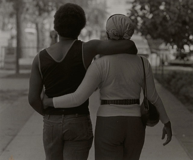 Roy DeCarava. Couple Walking, 1979. Photograph, gelatin silver print on paper, 35.6 x 27.9 cm. © Courtesy Sherry DeCarava and the DeCarava Archives.