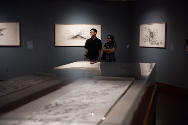 Struck's work occupied the galleries of the Crow Collection of Asian Art, responding to an exhibition of paintings and drawings by Arnold Chang and Michael Cherney.