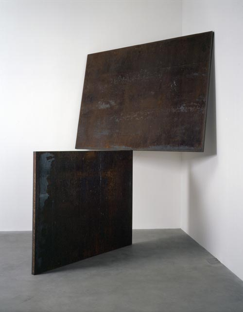 Richard Serra. <em>Do It</em>, 1983. Steel, 332.7 x 259 x 358.1 cm. Private Collection © Richard Serra