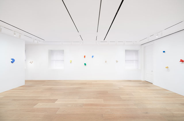 Joel Shapiro, installation view, Dominque Lévy, New York.