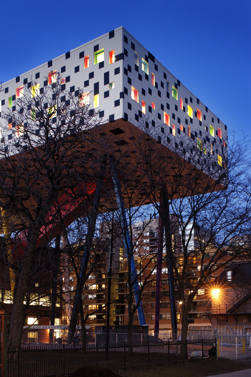 Will Alsop, Sharp Center. <em>Exterior, night view</em>.
