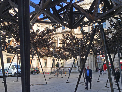 Conrad Shawcross. The Dappled Light of the Sun, 2015 (view 3). Photograph: Martin Kennedy.