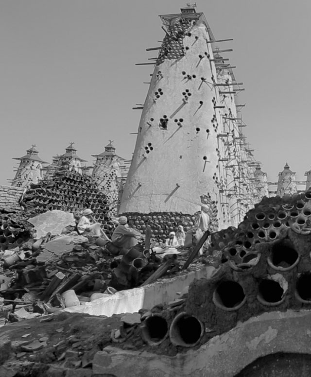 Wale Shawky. Al Araba Al Madfuna II, 2013. Film still, HD video, b/w, sound 33 min. Co-produced by Sharjah Art Foundation & Wiener Festwochen. Courtesy the artist & Sharjah Art Foundation.