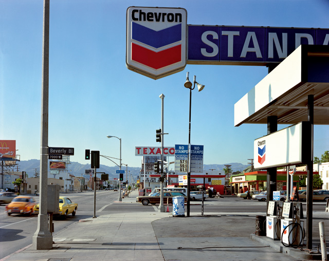 Stephen Shore. Beverly Boulevard and La Brea Avenue, Los Angeles, California, June 21, 1975. From the series Uncommon Places. © Stephen Shore. Courtesy 303 Gallery, New York & Sprüth Magers.