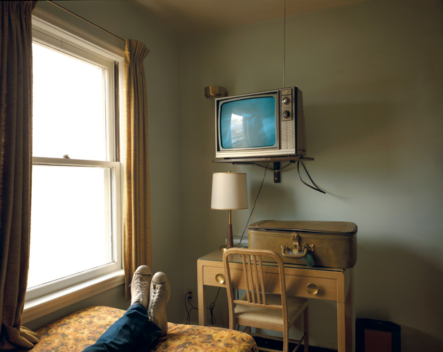Stephen Shore. Room 125, Westbank Motel, Idaho Falls, Idaho, July 18, 1973. From the series Uncommon Places. © Stephen Shore. Courtesy 303 Gallery, New York & Sprüth Magers.