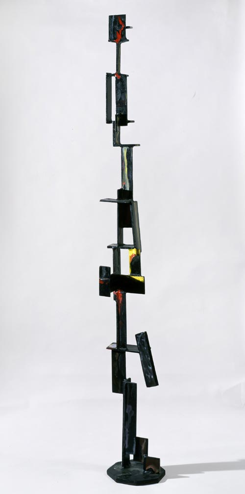 David Smith. <em>Construction with Rectangles</em>, 1955. Painted steel 198.1 x 27.6 cm. Copyright Estate of David Smith, licensed by VAGA, NY. Courtesy of Gagosian Gallery.