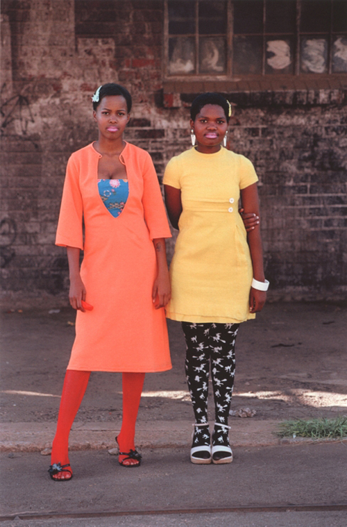 Nontsikelelo 'Lolo' Veleko. <em>Cindy and Nkuli</em>, from <em>Beauty is in the Eye of the Beholder</em>, Johannesburg, 2003-04. Pigment print on cotton paper © Nontsikelelo 'Lolo' Veleko. International Center of Photography.