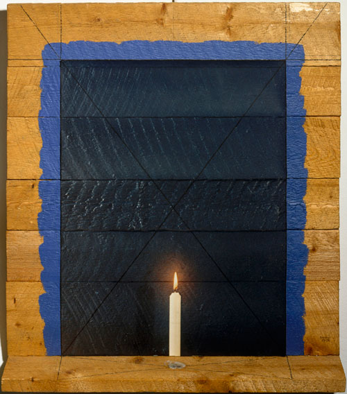 Michael Snow. Midnight Blue, 1973-1974. Colour photograph, wood, acrylic paint, wax, 28 11/16 x 26 x 4 7/8 in (73 x 66 x 12.5 cm). Centre Pompidou, Paris. Musée national d'art moderne/Centre de création industrielle. Purchase, 1979.